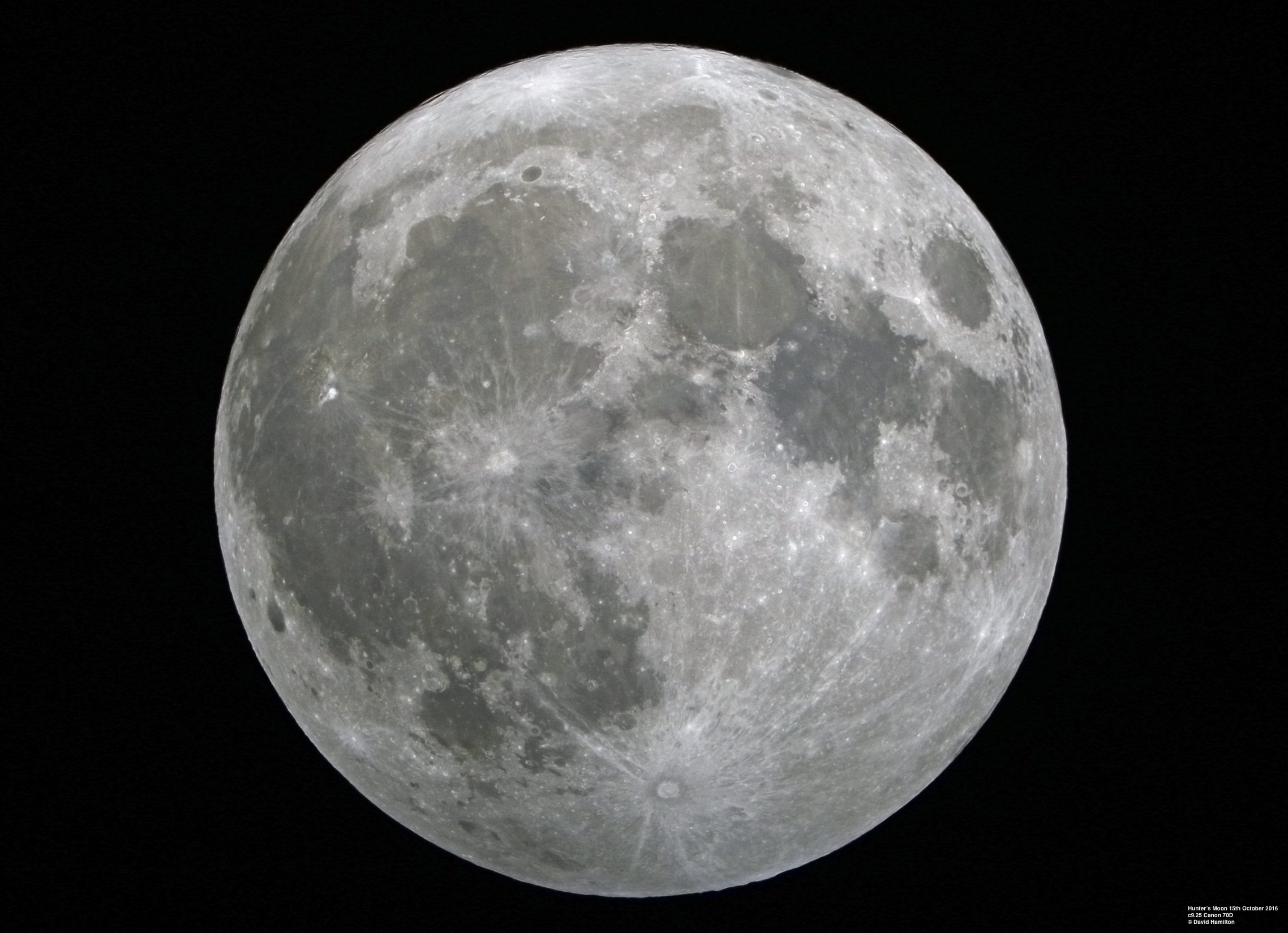 Hunter's Moon and SuperMoon on 15th October 2016